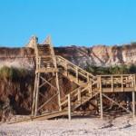 Escalera a la playa de Pueblo Suizo, Uruguay